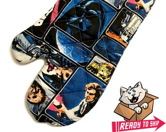 Oven mitt made with Star Wars Classic fabric