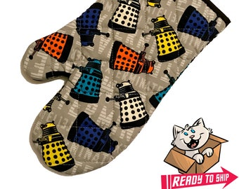 PREORDER - Oven mitt made with Dalek fabric
