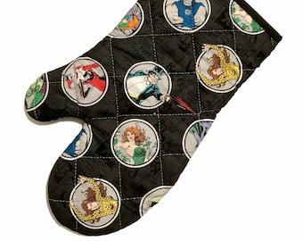 Oven mitt made with DC Comics Villain fabric