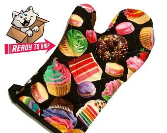 Sweets Oven Mitt