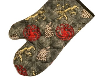 Oven mitt made with Game of Thrones Sigils fabric