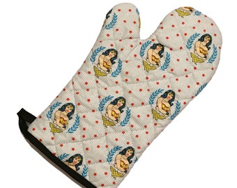 Oven mitt made with white Wonder Woman fabric