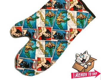 Oven mitt made with Wonder Woman, Aquaman and Batman fabric