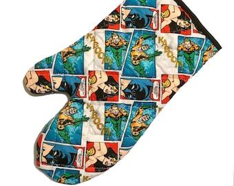 Oven mitt made with Wonder Woman, Aquaman and Batman fabric