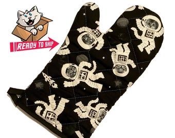 Glow in the dark Astronaut Cat Oven Mitt