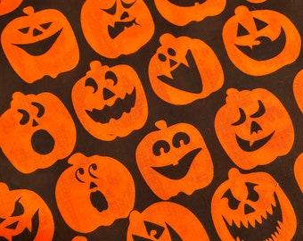 Mr. Pumpkins jack-o-lantern cotton face mask with filter pocket