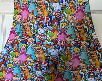Reversible apron (6 pockets) made with Mario characters fabric