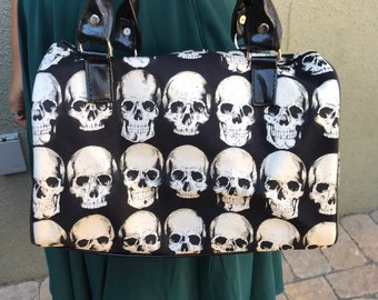 Skulls and craniums handbag