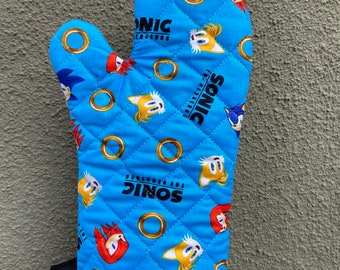 Oven Mitt made with Sonic fabric