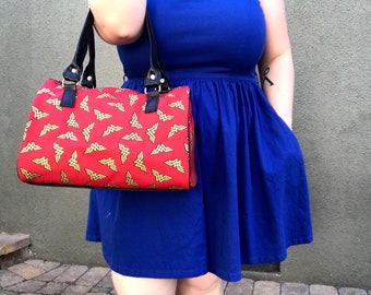 Handbag made with Wonder Woman fabric