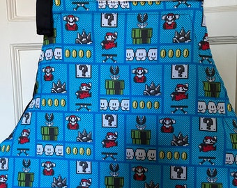Reversible apron (6 pockets) made with Nintendo squares fabric