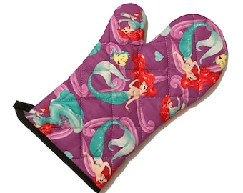 Oven mitt made with Little Mermaid fabric