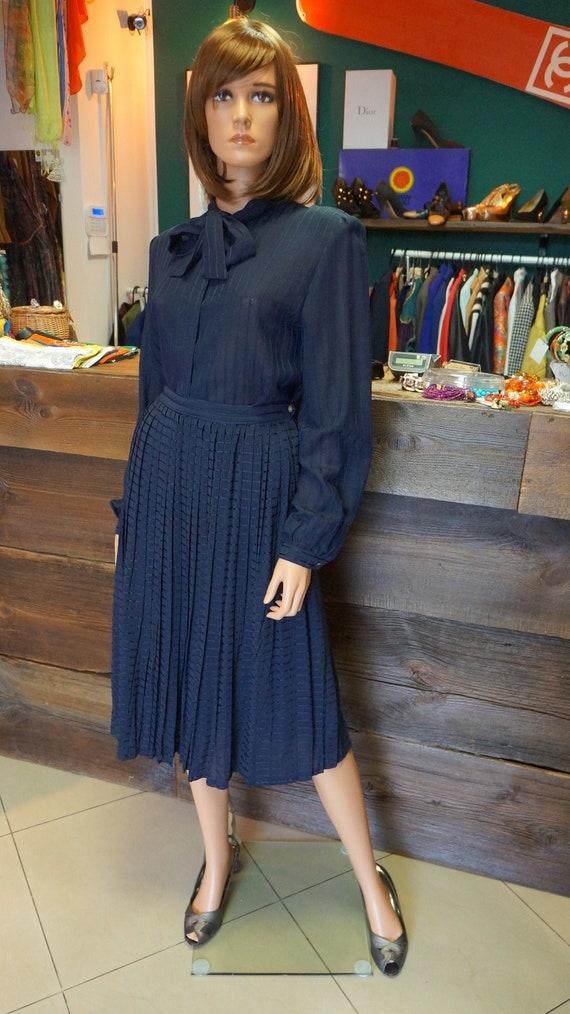 vintage suit,DRESSY,elegant pleated skirt , shirt