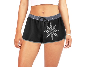 Women's Relaxed Mid Rise Shorts