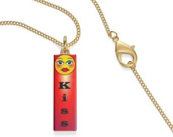 Single Loop Necklace Emoji Kiss