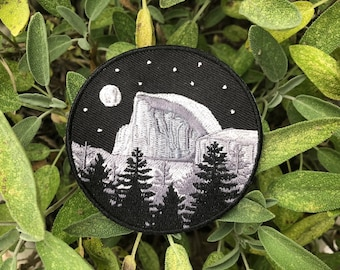 """Yosemite - Half Dome Patch - 3"""" Circle Iron on Explorer Embroidered Badge"""