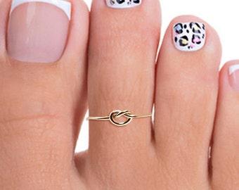 Gold Toe Ring, Thin Gold Toe Ring, Tiny Gold Toe Ring, Gold Filled Toe Ring, Knot Toe Ring, Adjustable Toe Ring, Thin Toe Ring, Toe Rings