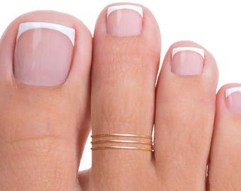 Gold Band Toe Ring, Gold Toe Ring, Band Toe Ring, Thin Band Toe Ring, Tiny Toe Ring, Thin Toe Ring, Tiny Gold Toe Ring, Thin Gold Toe Ring