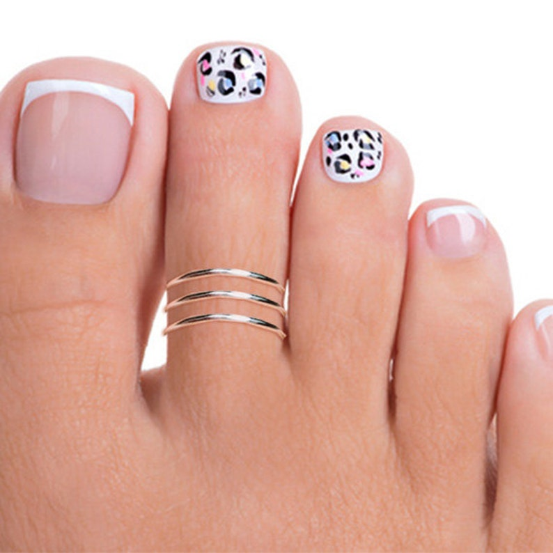 Sterling Silver Triple Band Toe Ring Silver Adjustable Toe image 0