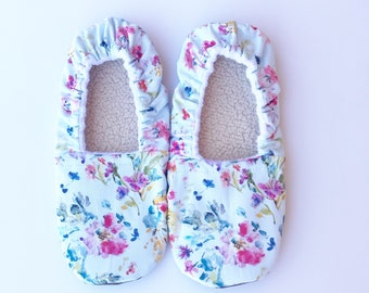 Womens floral slippers, mint slippers, house shoes, womens house slippers, spring floral slippers, womens floral shoes, slippers, floral