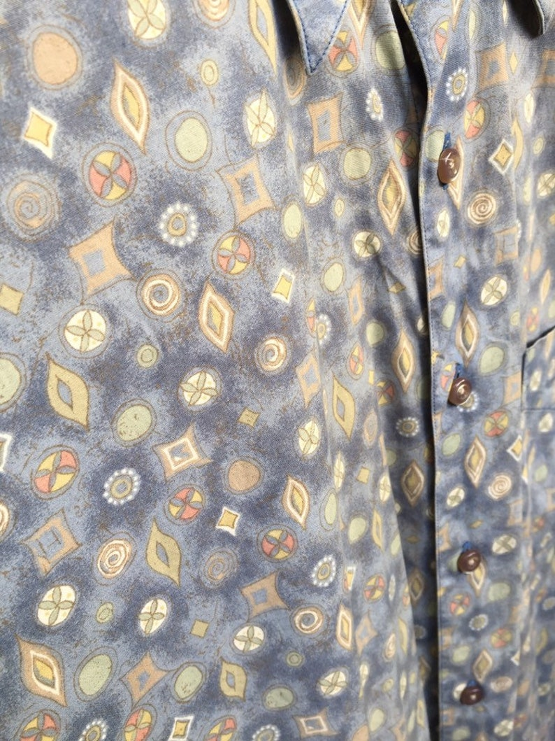 Vintage paisley pattern pastel button up shirt retro hippy flair