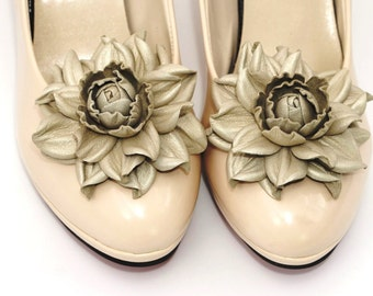 Genuine LEATHER SHOE CLIPS flowers, goldish beige floral shoe decoration, wedding bridal shoe jewelry | Handmade shoe jewellery, Ukranie