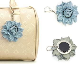 2 en 1: sac à main de table cintre fleur sac breloque   Etsy