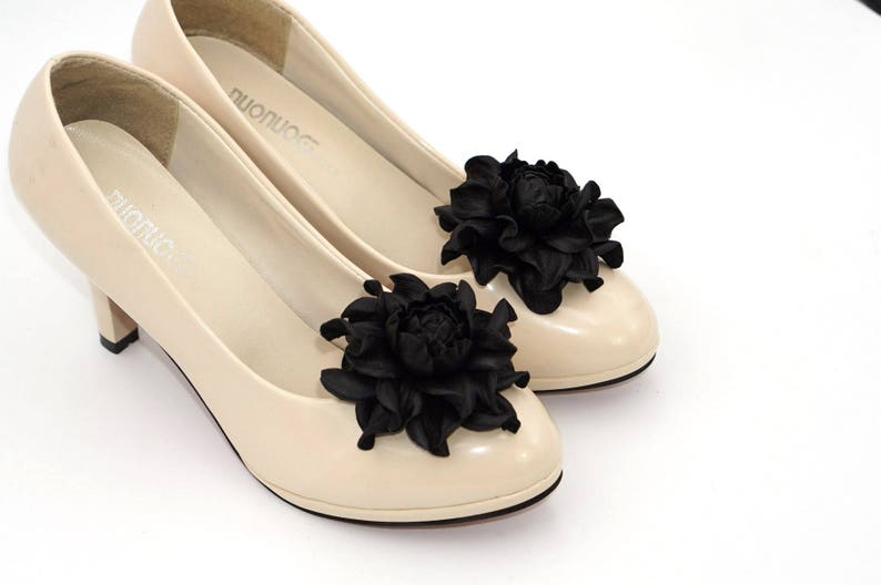 6da232667604ef Schwarzes Lederblume SCHUHCLIPS schwarze rose Blumen