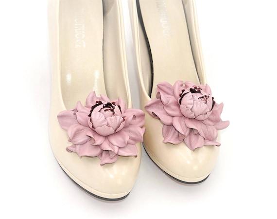 Genuine leather SHOE CLIPS flowers Handmade shoe jewellery fuchsia rose shoe decoration Shoe clips Pumps flowers Shoe jewelry