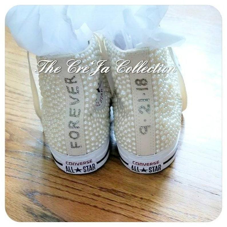 42f3d778fec Crème Converse Converse ivoren bruiloft bruids Converse | Etsy