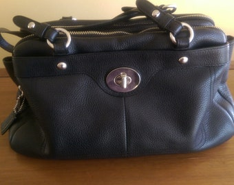GUESS PENELOPE SATCHEL BAG, Women's Fashion, Bags & Wallets