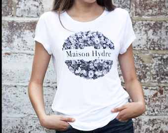 """T-Shirt woman """"The Crown of flowers"""""""