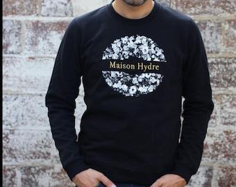 """""""The Crown of flowers"""" man Sweatshirt"""