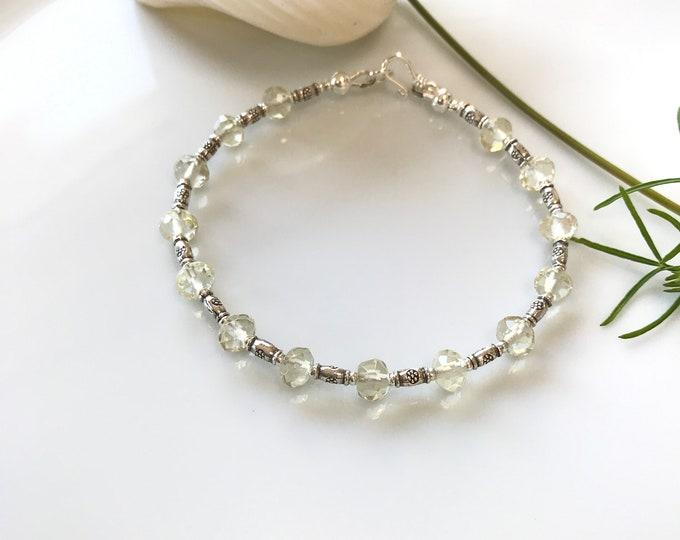Bracelet in limon quartz and hilltribe silver