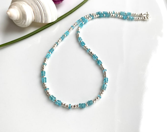 Short necklace in apatite blue and silver (925)