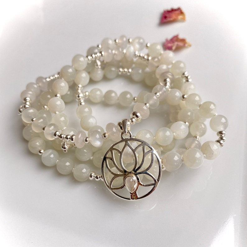 Mala in shimmering white moonstone decorated with SIlber and image 0
