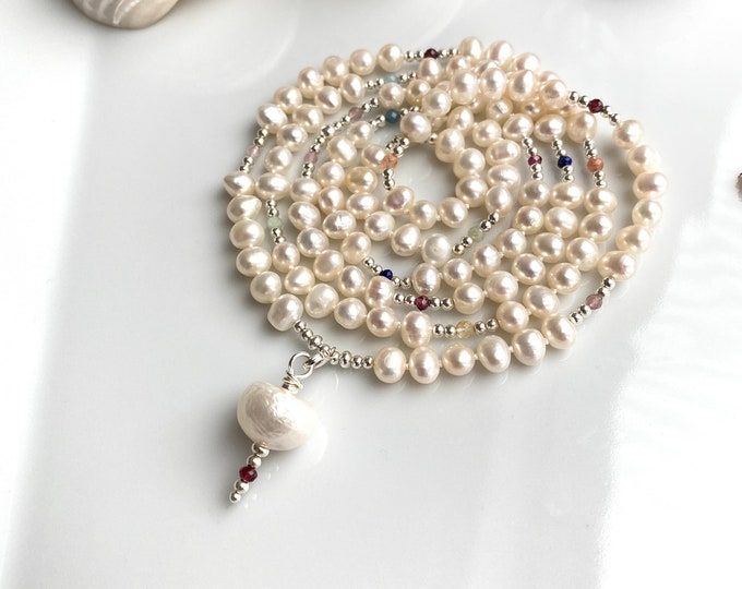 Mala made of white freshwater pearls, decorated with silver and chakras - stones, interchangeable final pearl, with or without set final beads