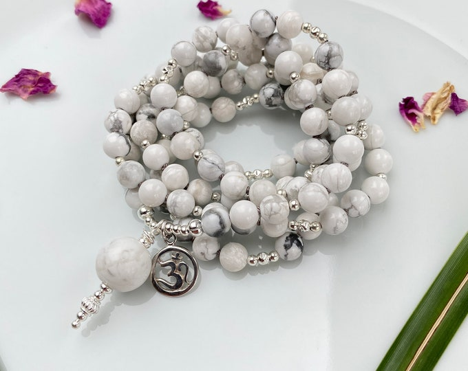 Mala magnesite necklace, decorated with silver, final bead magnesite and OM - symbol