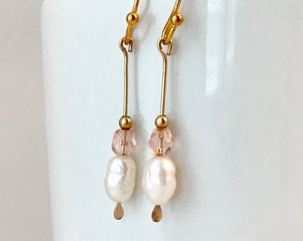 Dainty earring with freshwater pearl and rose quartz beads, perfect for tweens or as a bridesmaid gift