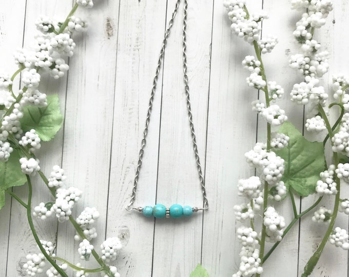 Turquoise necklace, simple