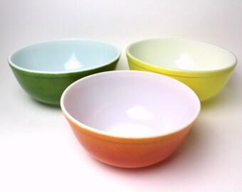 Mixing bowls | Etsy
