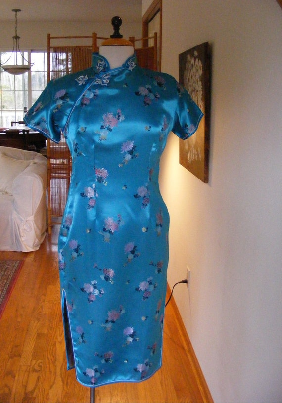 Vintage 1960s 60s Dress / Cheongsam Dress / Blue R