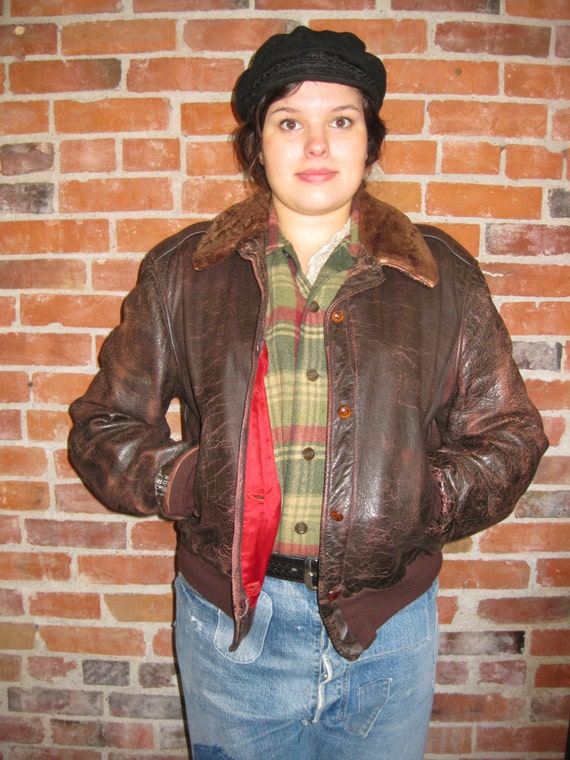 Vintage 1940s 1950s Leather Jacket / Brown Distres
