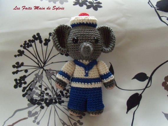 Tuto Amigurumi - Souris ballerine - Tout sur le crochet et les | Souris en  crochet, Poupées en crochet et Tricot et crochet | 427x570