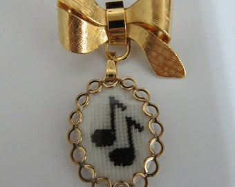Gold Colour Musical Notes Brooch