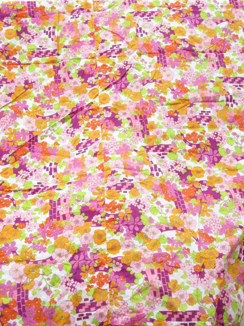 Vintage 1960-1970s floral fabric