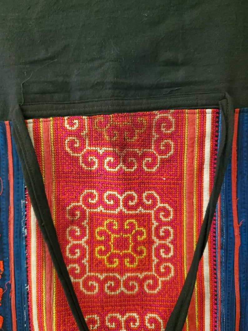 Vintage embroidered hand-woven fisherman style traditional Thai hippie bohemian wrap around skirt