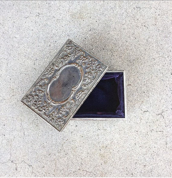 Antique Engraveable Silver Ring Box / Wedding Ring
