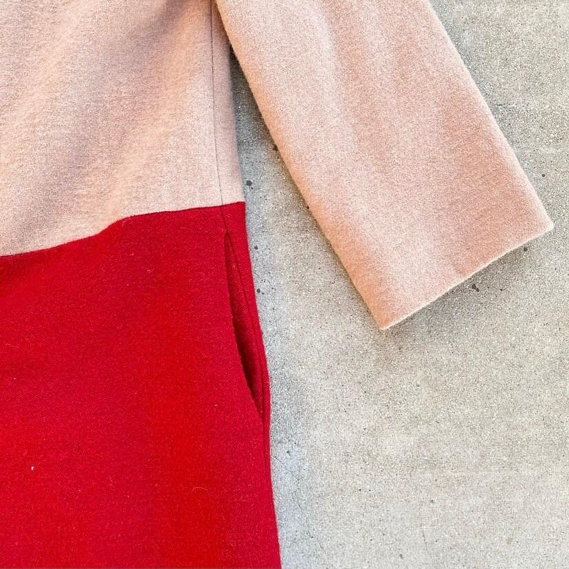 70er Jahre Ellenbogen Ärmel Wolle Mantel nackt und rot