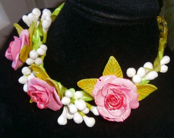 light choker suitable for summer but also winter GREEN ROSES and GOLD polymer clay